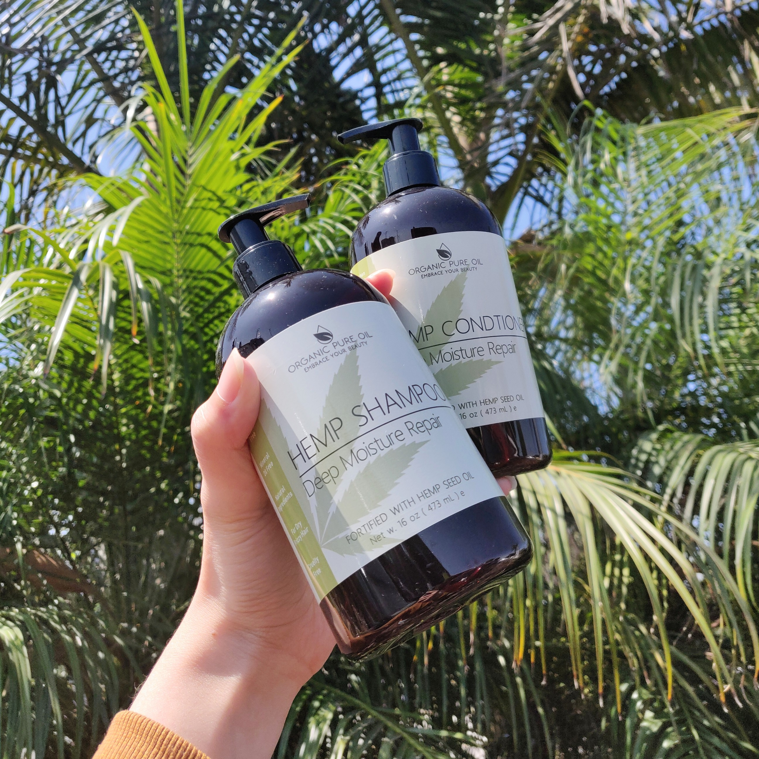 Hemp Extract Deep Moisture Repair Shampoo and Conditioner set for all hair types